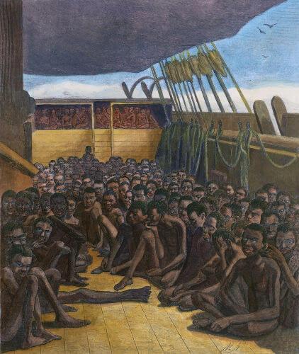 Cativos aglomerados em um navio negreiro para serem transportados e revendidos na América.