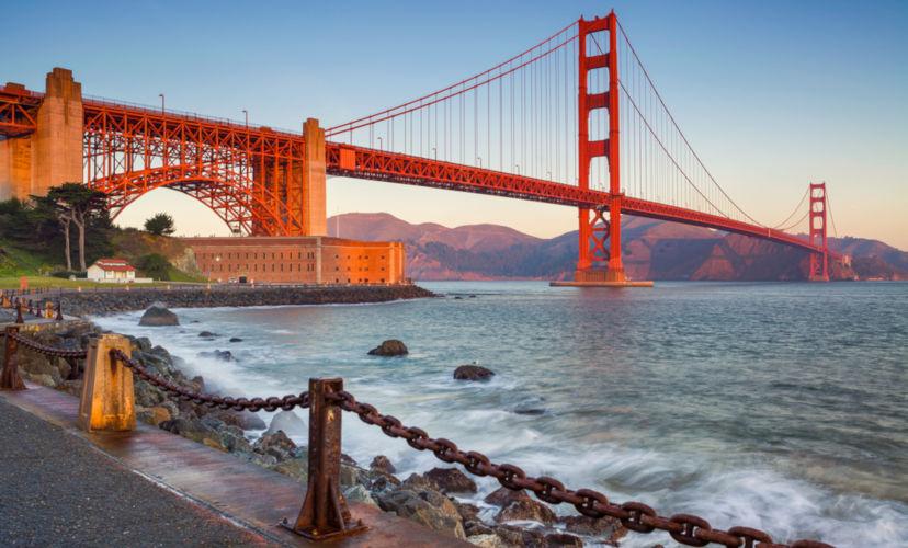 Um dos principais pontos turísticos de San Francisco é a Golden Gate Brigde.