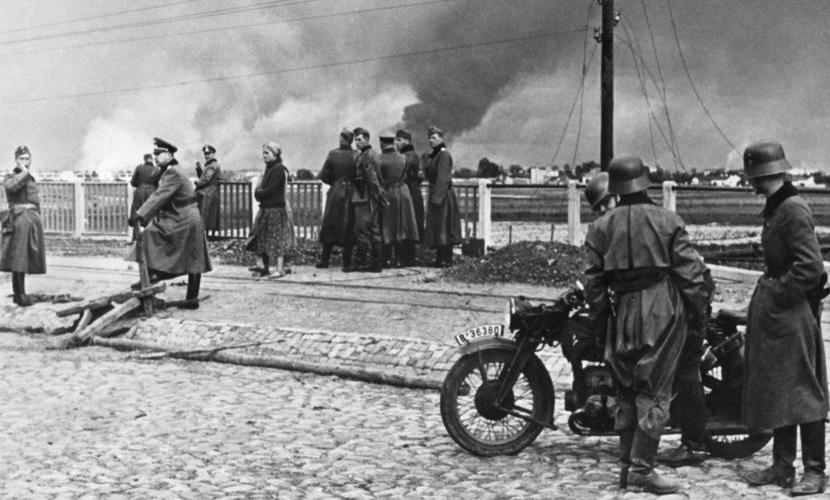 A invasão da Polônia, em 1939, marcou o início da Segunda Guerra Mundial.[1]