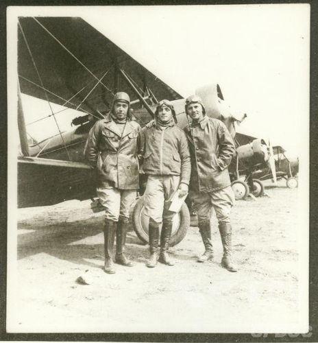 Aviadores paulistas que lutaram contra o Governo Federal em 1932. [1]