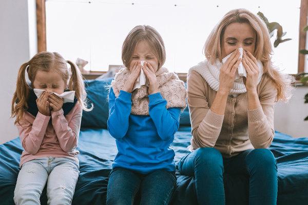 A gripe, o resfriado e a COVID-19 são doenças que afetam o sistema respiratório.