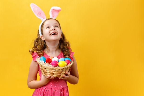 O consumo dos ovos de chocolate decorados é uma das tradições mais comuns da Páscoa.
