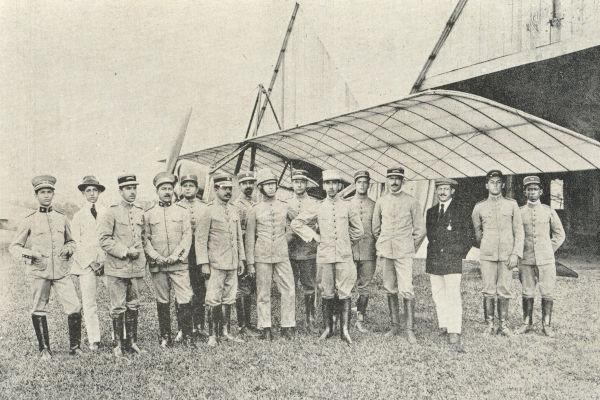 Soldados que lutaram contra os sertanejos durante a Guerra do Contestado.[1]