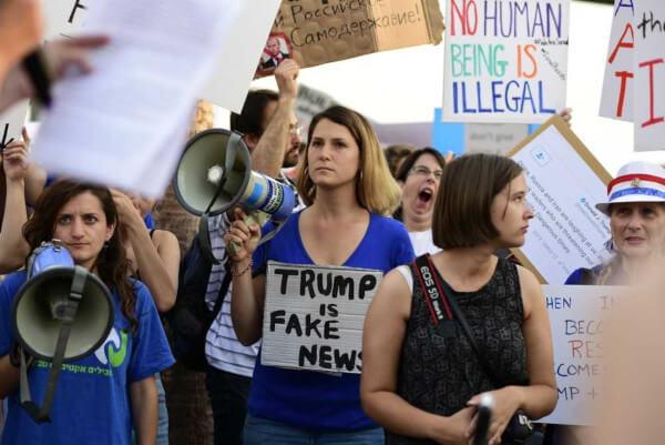 Manifestação após saída dos Estados Unidos do Acordo de Paris
