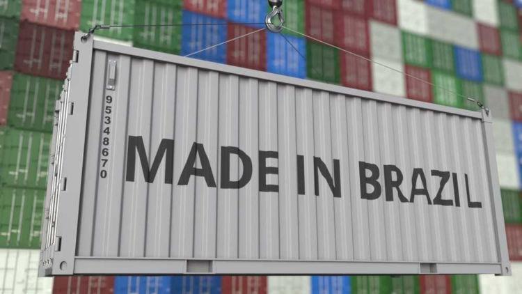 O Brasil é um dos maiores exportadores de produtos, como a soja e carne bovina, para diversos países.