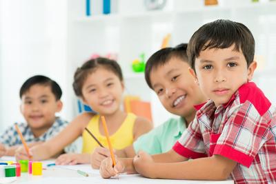 Escrever uma boa redação demanda treino e muita dedicação. Ler bastante deve ser um hábito para quem quer aprimorar a escrita