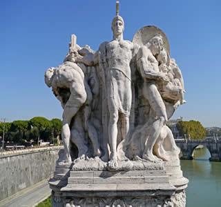 Estátua representando um militar romano com seus prisioneiros, que seriam transformados em escravos