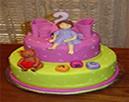 Que delícia! Vamos partir o bolo!
