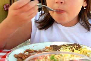 Comer alimentos variados é um hábito bastante saudável.