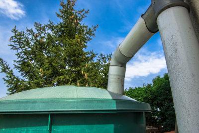 A captação da água da chuva é uma alternativa para economizar esse importante recurso