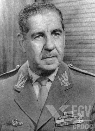 Artur da Costa e Silva foi presidente do Brasil entre 1967 e 1969. Em seu governo, o regime militar endureceu a repressão contra os opositores. *