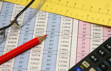 Para podermos montar uma tabela é necessário que se faça uma coleta de dados que serão distribuídos nas linhas e colunas dessa tabela