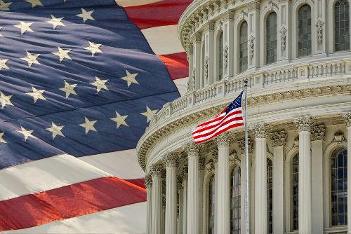 As eleições nos EUA, ao contrário do que ocorre no Brasil, são realizadas de modo indireto