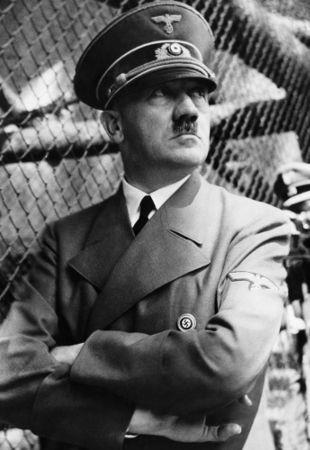 Adolf Hitler foi o líder do nazismo e chefe de Estado da Alemanha de 1933 a 1945