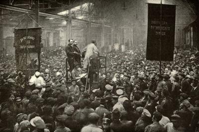 A revolução comunista na Rússia ocorreu no ano de 1917