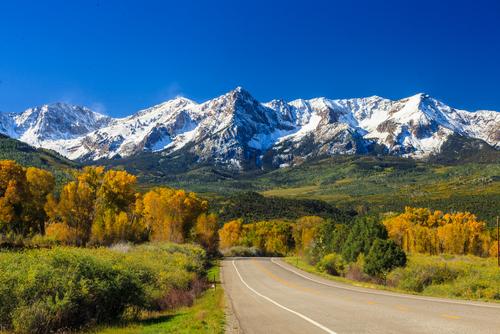 O topo das montanhas costuma ser mais frio