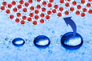 Uma única gota de água possui incontáveis moléculas