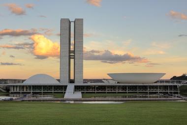 O Palácio dos Três Poderes é a casa do Executivo, do Legislativo e do Judiciário¹