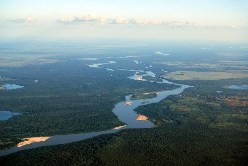 A Guerrilha do Araguaia ocorreu na região norte do Rio Araguaia