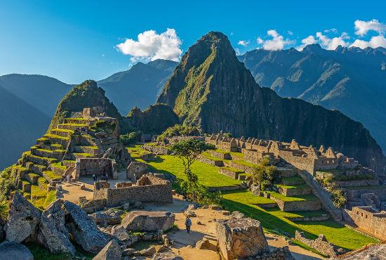 Machu Picchu é um dos principais sítios com ruínas do Império Inca.