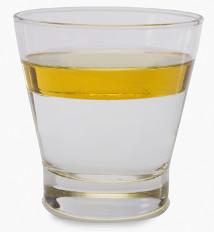 Água e óleo não se misturam porque a água é polar e o óleo é apolar