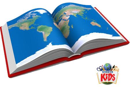 Para pesquisa e consulta nas escolas, os mapas físicos (em formato de livro) ainda são muito utilizados