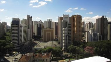 Curitiba, metrópole regional