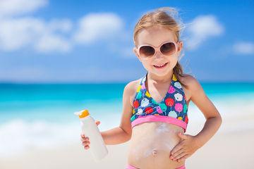O uso de protetor solar é uma das principais maneiras de prevenir-se contra os efeitos nocivos do Sol