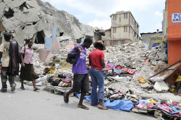 Em 2010, um terremoto devastou o Haiti, vitimando milhares de haitianos.*